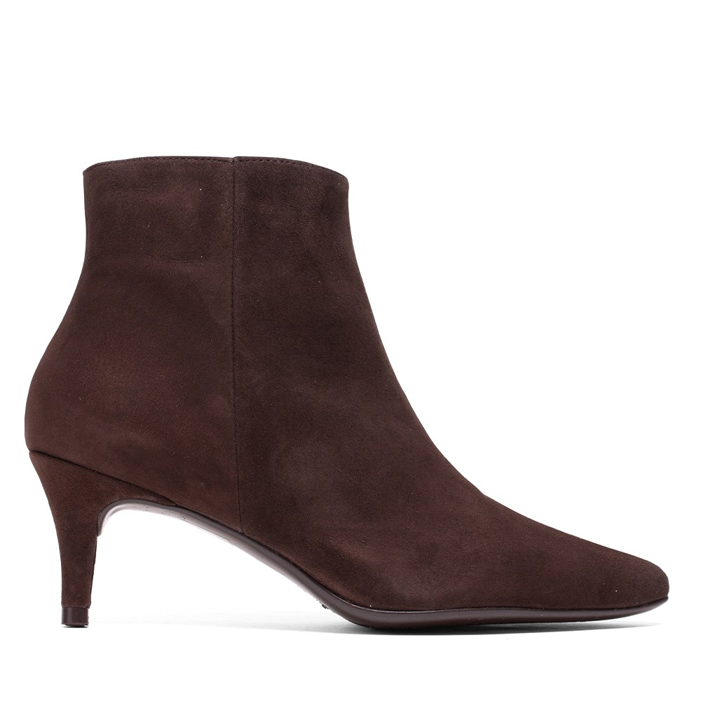 BOTIN CLAUDIA ANTE MARRON