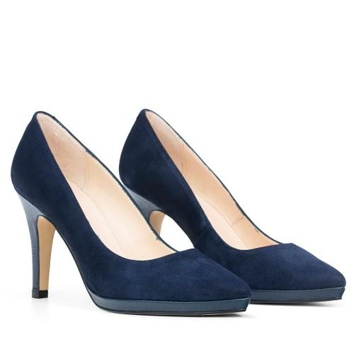 Suministro Zapatos Tacón cuadrado de punta redonda Elodie Shoes para mujer Recomendar barato en línea Liquidación en línea Comprar barato Recomendar 4dPlHKF